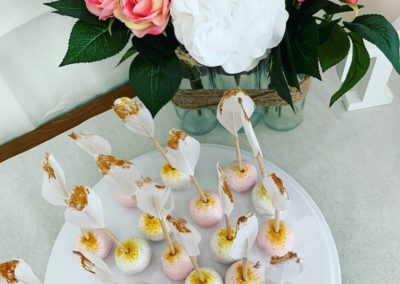 babyshower gâteau buffet cupcake fleurs pop cake jade cake (4)