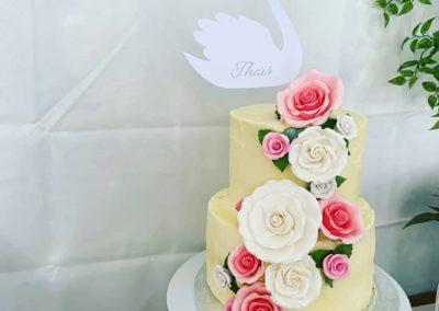 babyshower gâteau buffet cupcake fleurs pop cake jade cake (5)