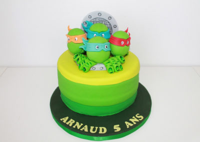 gâteau anniversaire fête garçon jade cake (114)