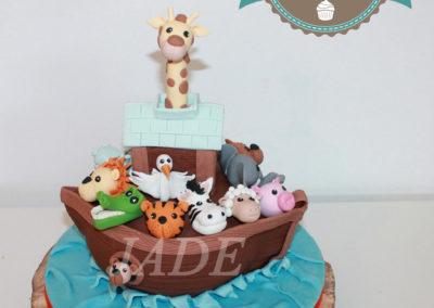 gâteau personnalisé fille bébé anniversaire fête jade cake brabant wallon pâte à sucre (12)