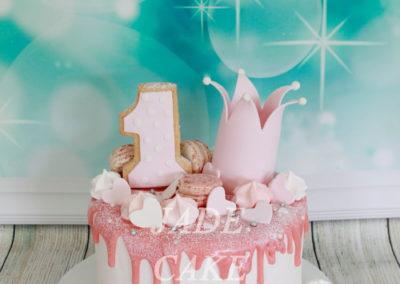 gâteau personnalisé fille bébé anniversaire fête jade cake brabant wallon pâte à sucre (13)