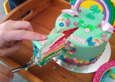 gâteau personnalisé fille bébé anniversaire fête jade cake brabant wallon pâte à sucre (26)