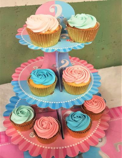 jade cake gâteau anniversaire fête mariage babyshower fille garçon bébé baby brabant wallon pâte à sucre pâtisserie design sur mesure cupcakes bleu rose boy or girl (3)